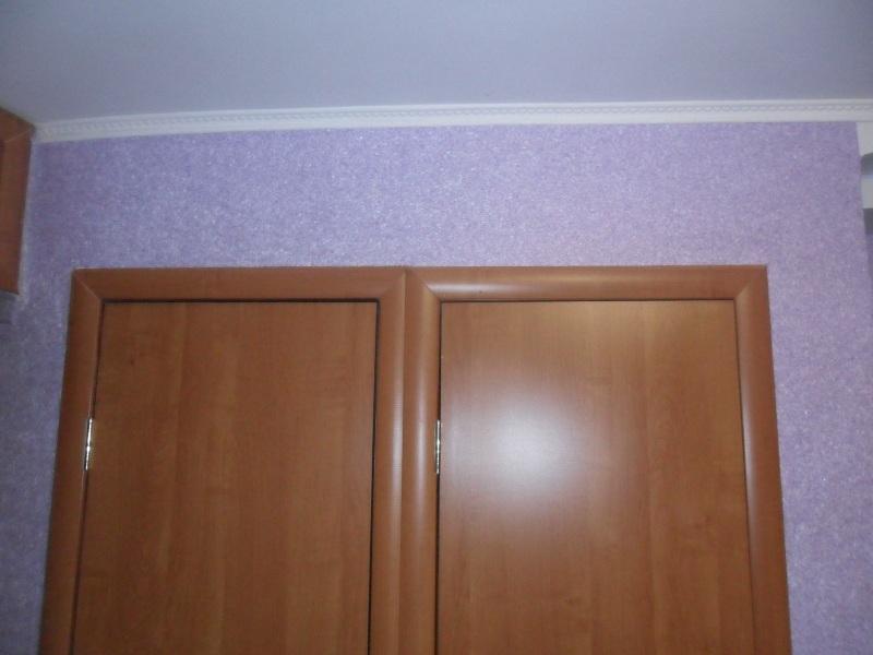 Кухни сток фото подиум с подушками в